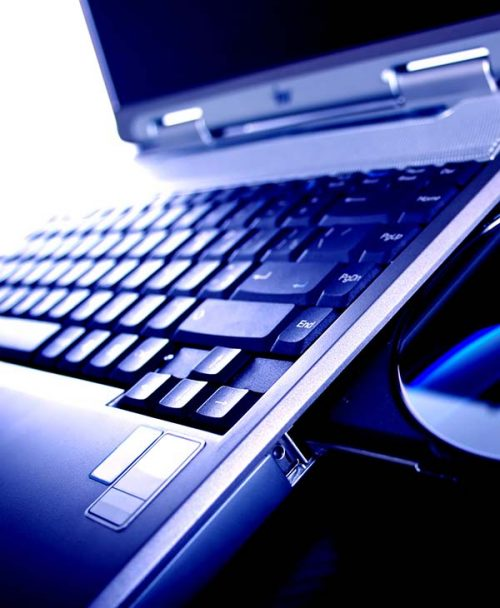 LAPTOPS, NOTEBOOKS AND TABLETS